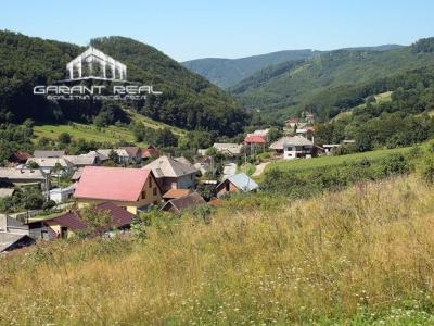 GARANT REAL - predaj pozemok 2750 m2 s chatkou, Zlatá Baňa, okr. Prešov