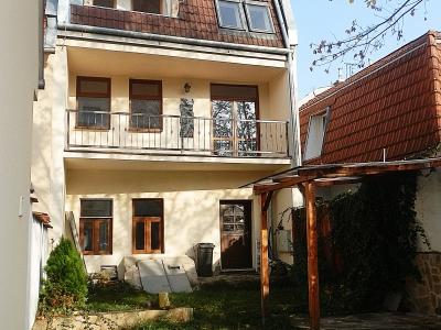 GARANT REAL - predaj bytu s loggiou a dvorom priamo v centre Prešova