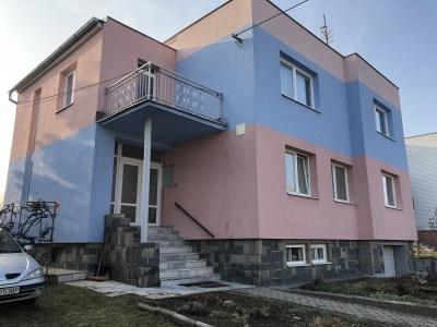 GARANT REAL - predaj dvojpodlažný rodinný dom  na 8 á pozemku, Prešov