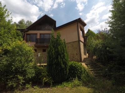 GARANT REAL - Exkluzívne predaj rodinný dom vo vyhľadávanej rekreačnej lokalite, pozemok 349 m2, Drienica
