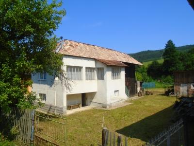 GARANT REAL - Exkluzívne predaj chalupa, pozemok 814 m2, Hrabkov, okr. Prešov