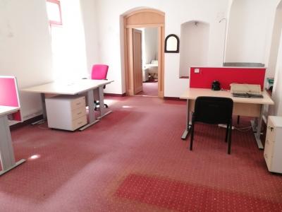 GARANT REAL - prenájom 3 x kancelársky, komerčný priestor, 70 m2, Hlavná ulica, Prešov