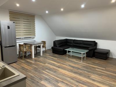 GARANT REAL -prenájom 2-izbový klimatizovaný byt 40 m2, v centre mesta, Prešov, Bayerova ul.