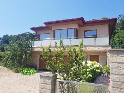 REZERVOVANÉ - GARANT REAL - EXKLUZÍVNE predaj rodinný dom na Šidlovci, pozemok 844 m2, Prešov