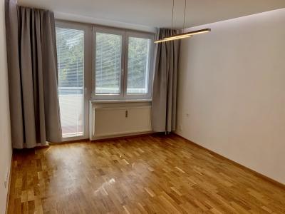 GARANT REAL - predaj luxusný 1-izbový byt s loggiou, kompletná rek., Prešov, Sídlisko III