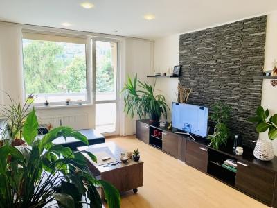 GARANT REAL predaj 3-izbový byt 69 m2, s loggiou po rekonštrukcii, Sídlisko II, Októbrová ul.